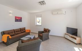 Photo of Holiday home Zadar-Benkovac
