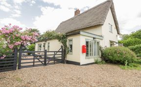 Photo of Waveney Cottage