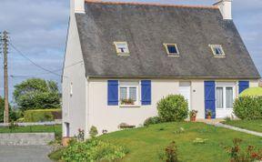 Photo of La Maison Avec Les Volets Bleus