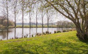 Photo of 9 Lakeside
