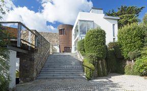 Photo of Exclusive Dublin Villa