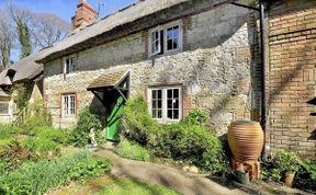 Photo of Calbourne Cottage