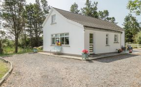 Photo of Carna Chalet Beach Cottage