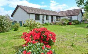 Photo of Callanish Pet-Friendly Cottage