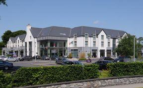 Photo of Raheen Woods Hotel