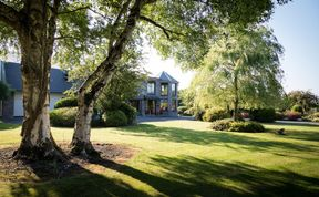 Photo of Kathleens Country House