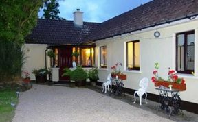 Photo of Ashgrove Bed And Breakfast