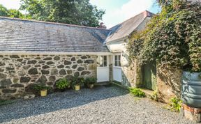 Photo of Swallows Pet-Friendly Cottage