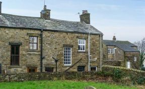 Photo of 3 Stonebower Cottages