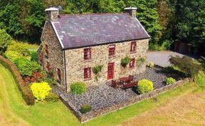 Photo of Aspen House