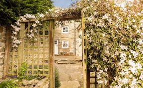 Photo of Puzzle Cottage