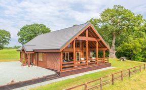 Photo of Hampton Lodge