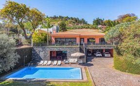 Photo of Villa Contempo