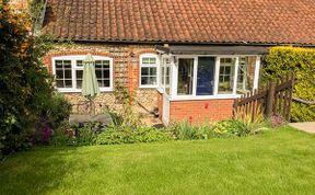 Photo of Pebble Cottage