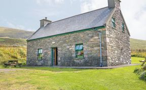 Photo of An Nead Pet-Friendly Cottage