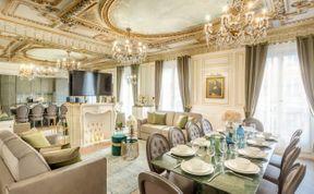 Photo of Parisian Pot of Gold
