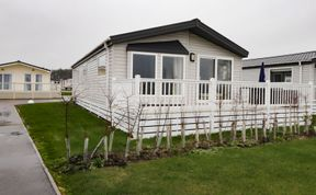 Photo of Lodge ASHR54 at Tarka