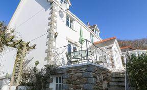 Photo of Rockridge House