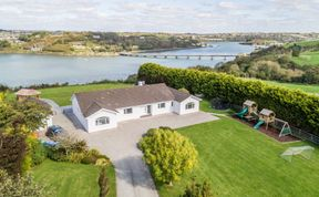 Photo of Marina Views, Kinsale, sleeps 16 guests