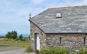 Photo of Higher Tresmorn Cottages - The Roundhouse