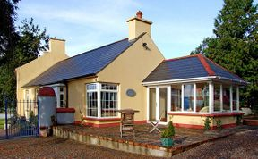 Photo of The Granary Pet-Friendly Cottage