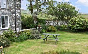 Photo of Caerffynnon   Pet-Friendly Cottage
