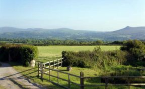 Photo of Y Cwtch Pet-Friendly Cottage