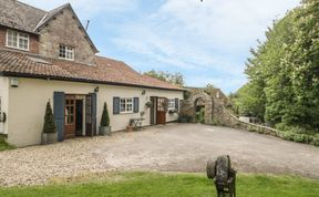 Photo of Colly Cottage Pet-Friendly Cottage