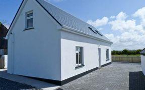 Photo of Moyasta House Coastal Cottage
